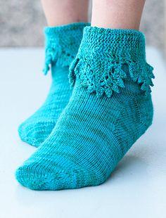 Ravelry: Lása Socks pattern by Laurie Sundstrom #knit