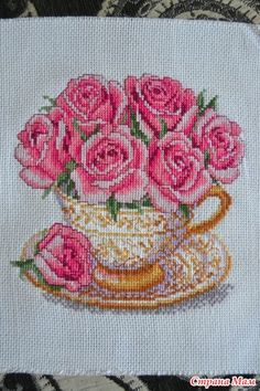 Чайная соната - Вышивка и все о ней - Страна Мам Cross Stitch Rose, Cross Stitch Flowers, Cross Stitch Embroidery, Hand Embroidery, Cross Stitch Patterns, Poinsettia, Needlepoint, Needlework, Embroidered Cushions