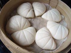 只需三步,就能做出漂亮又簡單的荷葉饅頭夾, 只用一次發酵哦