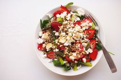 Ihanan kesäinen feta-mansikkasalaatti Cobb Salad, Feta