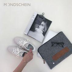 "Laptoptasche:   modernes und zeitloses Design aus feinstem Loden. 100% Merinowolle, braunes   Leder, Manufaktur. Passend für 13 Zoll, 15 Zoll und Apple MacBook----- Laptop   Sleeve: Modern and timeless Laptop Design. Bag made from Austrian loden. 100%   Merinowool, brown leather, manufactory. Fitting for 13"", 15"" and   Apple MacBook Macbook, Mp3 Player, Polaroid Film, Phone, Diy, Design, Gifts For Women, Baby Favors, Moonlight"