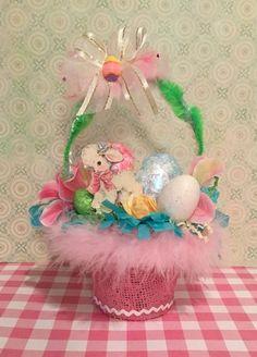 handmade easter baskets & handmade easter baskets - handmade easter baskets for kids - handmade easter baskets diy Easter Lamb, Hoppy Easter, Easter Gift, Easter Chick, Easter Decor, Easter Bunny, Craft Stick Crafts, Diy Crafts, Craft Ideas