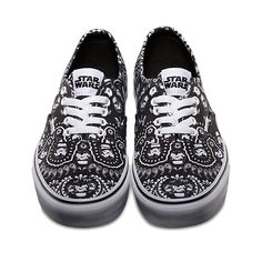 Vans x Stars Collab is available in stores and online now! Vans Star Wars Authentic - Stormtrooper Bandana