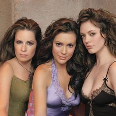 Charmed 2013 Update Photo Gallery – Alyssa Milano, Holly Marie Combs, Shannen Doherty, Rose McGowan and Kaley Cuoco Alyssa Milano Charmed, Alyssa Milano Hot, Holly Marie Combs, Shannen Doherty, Beautiful Celebrities, Beautiful Actresses, Pretty Little Liars, Charmed Tv Show, Charms