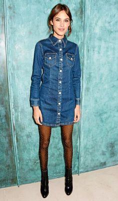 Alexa Chung in ihrem selbst kreierten Kleid für das Denim-Label AG Jeans