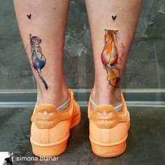 Rad tattoo art by @simona.blanar #tattoo #art #ink #cat #color #orange #adidas #colortattoo #girl #legs #animal #cats #l4l #instatattoo #legtattoo#artoftheday #tattooartist