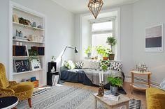 SA1 / Get started on liberating your interior design at Decoraid (decoraid.com).