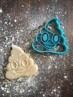 Image of Poop Emoji Cookie Cutter Stamp