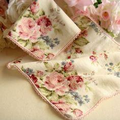 rose napkins…so lovely ♥   ❦ Rose Cottage ❦   Pinterest)