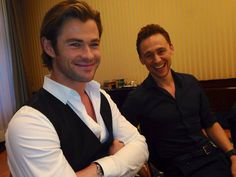 Chris Hemsworth & Tom Hiddleston. What I love about Chris's smile is that it's the EXACT SAME SMILE as when he posed as Thor in the cafe! :D