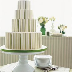 Wish I had the talent and patience to reproduce this wedding cake.
