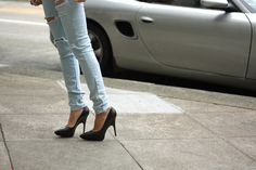heels and jeans - always a feminin combination