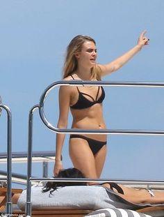 Birthday girl Selena Gomez shows off bikini body with Cara Delevingne