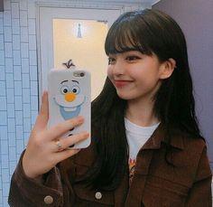 #KoreanFashionTrends Ulzzang Korean Girl, Ulzzang Couple, Korean Fashion Trends, Korean Street Fashion, Ft Tumblr, Uzzlang Girl, Japan Girl, Hairstyles With Bangs, Bangs Hairstyle