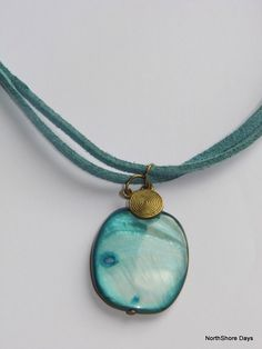 Beachy Turquoise Shell  Necklace. NZ$8.00, via Etsy.