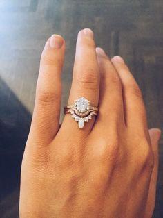 Wedding Rings Vintage wedding jewelry 2017 trends and ideas Bling Bling, Diy Schmuck, Schmuck Design, Perfect Wedding, Dream Wedding, Vintage Wedding Jewelry, Vintage Wedding Bands, Boho Wedding Ring, Stacked Wedding Bands