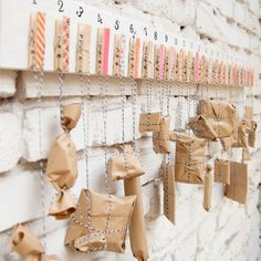 A simple wooden board 24 clothespins and some washi tape - thats all you need for this awesome advent calendar. Pre Christmas, Christmas Deco, Christmas Crafts, German Christmas, Xmas, Christmas Ornaments, German Advent Calendar, Advent Calendars, Diy Clothes Kimono