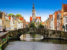 Bruges, Belgium is one of the most beautiful but hidden secrets in Europe.