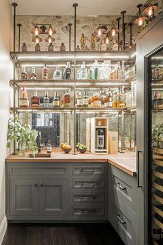 Modern home bar design ideas Cocina Art Deco, Casa Art Deco, Art Deco Bar, Art Deco Kitchen, Bar In Kitchen, French Bistro Kitchen, Kitchen Modern, Brass Kitchen, French Bistro Decor