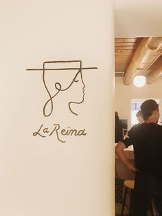 ideas travel logo inspiration graphics for 2019 - Travel Logo Restaurant, Bar Restaurant Design, Minimal Logo Design, Graphic Design Trends, Graphic Design Studios, Logo Inspiration, Hand Logo, Identity Design, Design Blog
