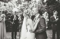 Catharina & Alexander: Frühlingsgefühle in Mint, Blush und Gold LEBENDIGE FOTOGRAFIE - HANNAH L. http://www.hochzeitswahn.de/inspirationen/catharina-alexander-fruehlingsgefuehle-in-mint-blush-und-gold/ #wedding #spring #couple