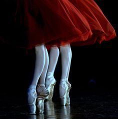 Ballet Rose, Red tutu's and pointe shoes. Royal Ballet, Ballet Real, Ballet Dancers, Ballerinas, Dancers Feet, Ballet Art, Ballet Girls, Dance Like No One Is Watching, Just Dance
