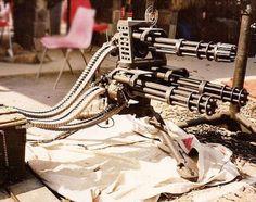 Harvoissa tapauksissa aseita (52 kuvat)