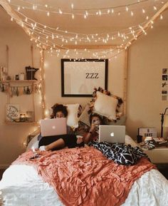 """Teenage Girl Bedroom Ideas for a teenage girl or girls may be a little tricky because she has grown up. The decoration of a teenage girl's room can also vary greatly, depending on the interests and personality. Check out these Teenage girl bedroom ideas diy, dream, rooms, small, layout, vintage, decoration, teal, modern, colour schemes, cozy, teenagers. #TeenageGirlBedroom #BedroomIdeas #TeenRoom #""""teenagegirlbedroomdesignsroomdecor"""""""