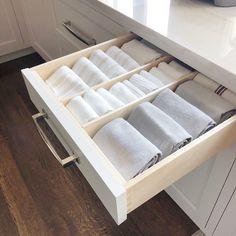 ideas for kitchen storage design closet Kitchen Organization Pantry, Home Organisation, Diy Kitchen Storage, Pantry Storage, Kitchen Drawers, Kitchen Decor, Kitchen Ideas, Kitchen Cabinets, Pantry Ideas