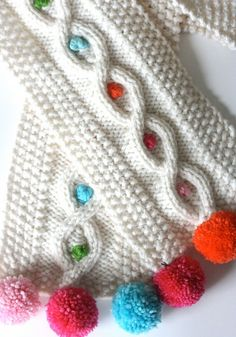 Pom Pom Cable Scarf Knitting Pattern by casapinka on Etsy Loom Knitting, Baby Knitting, Knitting Patterns, Crochet Patterns, Knitting Projects, Crochet Projects, Crochet Scarves, Crochet Hats, Diy Scarf