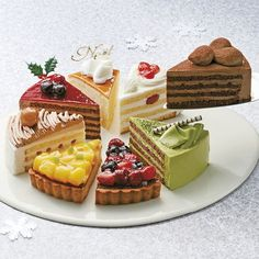 Dessert Drinks, Dessert Recipes, Cupcake Cakes, Cupcakes, Food Poster Design, Cute Desserts, Mousse Cake, Pastry Cake, Shutter
