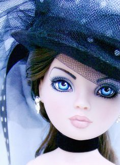 """Lizzy"" - OOAK  Ellowyne Wilde repaint w/OOAK gothic outfit by Alison Borman, photo credit Alison Borman, Flickr"