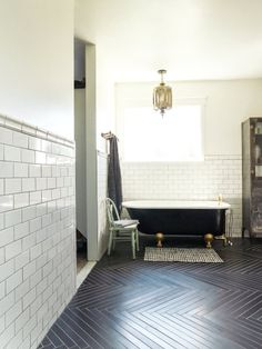 Take a tour through this eclectic home from our friends at Style Me Pretty Living. Warning: this home is filled to the brim with originality and style that may lead to serious envy and mega inspiration like this bathtub Dream Bathrooms, Beautiful Bathrooms, Small Bathroom, Rental Bathroom, Bathroom Black, Bathroom Modern, Bathroom Interior, Bad Inspiration, Bathroom Inspiration