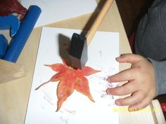 Leaf Hammering Great for fine motor and hand eye co-ordination. Watch the leaf magically appear on textured paper!
