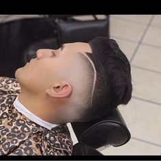 This is From @nastybarbers Go check em Out  Check Out @RogThaBarber100x for 57 Ways to Build a Strong Barber Clientele!  #barbershopconnection #barberhood #barbersupply #FemaleBarbers #labarbers #scottishbarber #barbertools #barberingislife #masterbarbers #CaliBarber #signaturebarberingpro #Elitebarbercartel #americanbarbershop #londonschoolofbarbering #irishbarber #MajorBarbers #barbersonlymagazine #barberfade #rhabarber #supportyourlocalbarber #newworldbarbers #classicbarber…