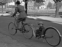Cykelskjuts by Länsmuseet Gävleborg, via Flickr