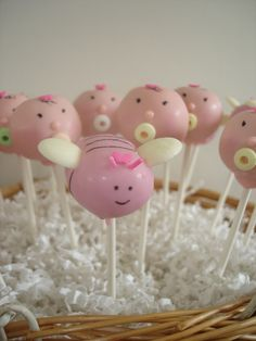 'It's a Girl!'  Baby Shower Cakepops