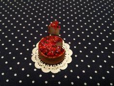 Miniature cherry cheesecake