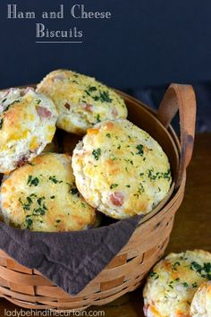 Ham and cheese biscuits? Could be interesting.dinner recipes for family;healthy recipes for family;recipes for family; Sour Cream Biscuits, Cheese Biscuits, Drop Biscuits, Mayonaise Biscuits, Fluffy Biscuits, Cheddar Biscuits, Buttermilk Biscuits, Brunch Recipes, Breakfast Recipes
