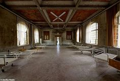Abandoned sanatorium in the former east Germany urbex decay www.lost-in-time-ue.nl