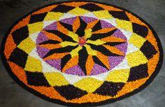 Lovely and elegant designs for onam pookalam Indian Rangoli Designs, Rangoli Designs Flower, Colorful Rangoli Designs, Rangoli Designs Images, Flower Rangoli, Onam Pookalam Design, Onam Wishes, Onam Festival, Rangoli Colours