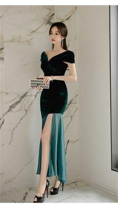 Korean Fashion Dress, Ulzzang Fashion, Kpop Fashion Outfits, Girls Fashion Clothes, Asian Fashion, Fashion Dresses, Elegant Outfit, Classy Dress, Classy Outfits