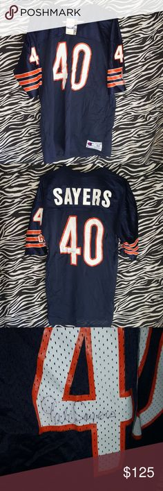 Signed bears jersey Unsure if authentic signature. Gale Sayers bears champion jersey. Size 44 Champion Shirts
