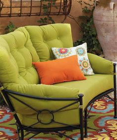 1539 Frontgate or easy cushionless w Isola 3 pc Loveseat