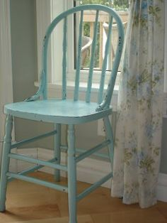 Cottage( I'm finding a chair like this so I can paint it blue)