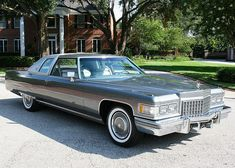 1976 Cadillac Coupe deVille Cabriolet, finished in Academy Gray Metallic with Silver Metallic Cabriolet Vinyl Roof.mine was white with moon roof Cadillac Eldorado, Cadillac Ct6, Cadillac Fleetwood, Old School Cars, Buick, Luxury Cars, Vintage Cars, Cool Cars, Cars Motorcycles