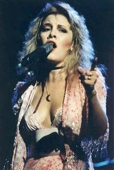 "Stephanie ""Stevie"" Nicks is a singer-songwriter known for her career with Fleetwood Mac which gave the band their only U. Singer Songwriter, Stevie Nicks Fleetwood Mac, Stevie Nicks 70s, Stevie Ray, Silver Springs Fleetwood Mac, Stevie Nicks Costume, Stevie Nicks Quotes, Buckingham Nicks, Stevie Nicks Lindsey Buckingham"
