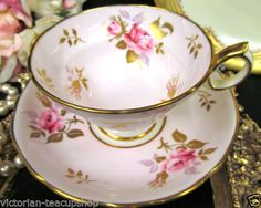 HAMMERSLEY-TEA-CUP-AND-SAUCER-PINK-PINK-ROSES-PAINTED-TEACUP-FOOTED-WIDE-MOUTH