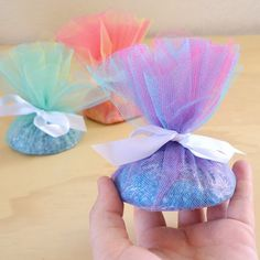 These bath bombs are so easy to make and prettily packaged make a fabulous gift!