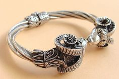 Sprzedaj podobny Pandora Charms, Charmed, Bracelets, Jewelry, Charm Bracelets, Jewellery Making, Jewerly, Bracelet, Jewlery